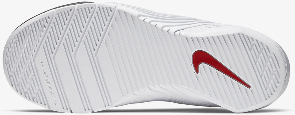 Nike Metcon 5 Women's Cross Training Shoe in Black/White/University Red/Metallic Gold