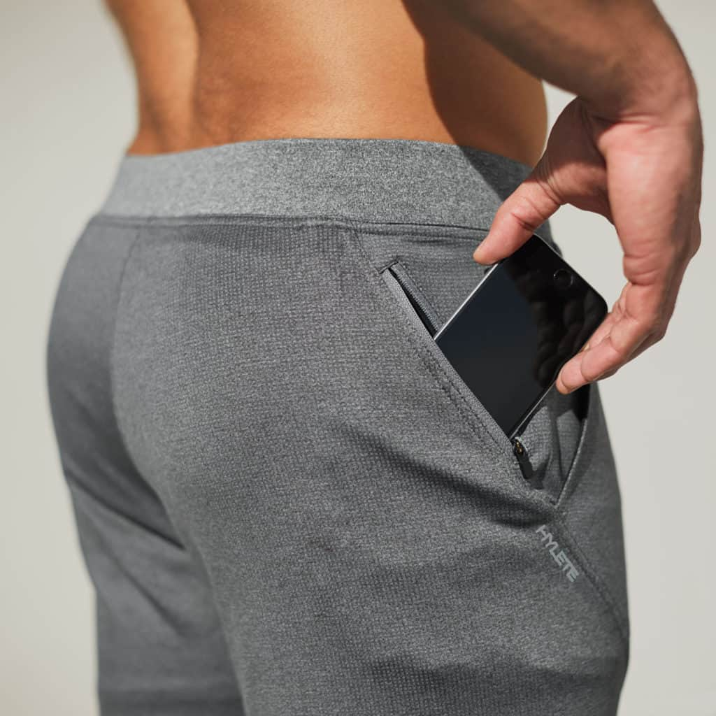 Pocket closeup of the Hylete flexion workout pants for men - Heather Slate/Heather Gray