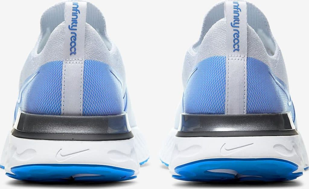 Heel view of the Nike React Infiinity Run Flyknit in True White/White/Pure Platinum/Photo Blue
