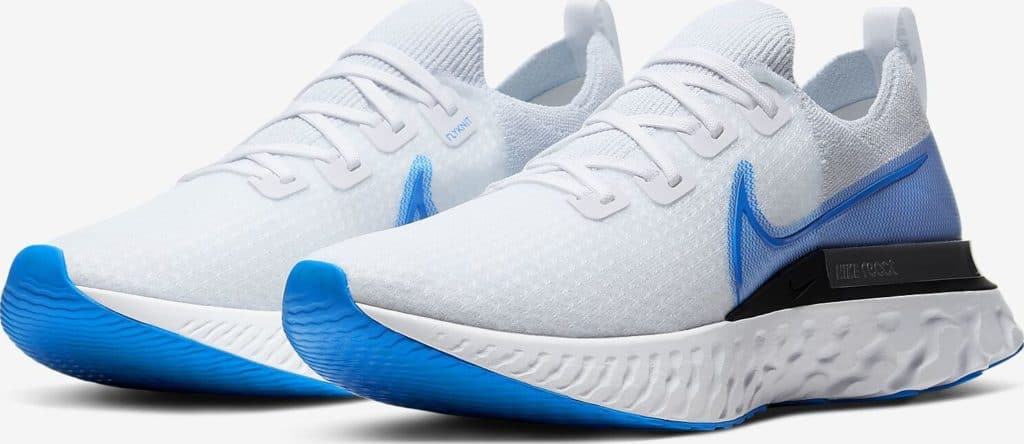 Quarter view of Nike React Infiinity Run Flyknit in True White/White/Pure Platinum/Photo Blue
