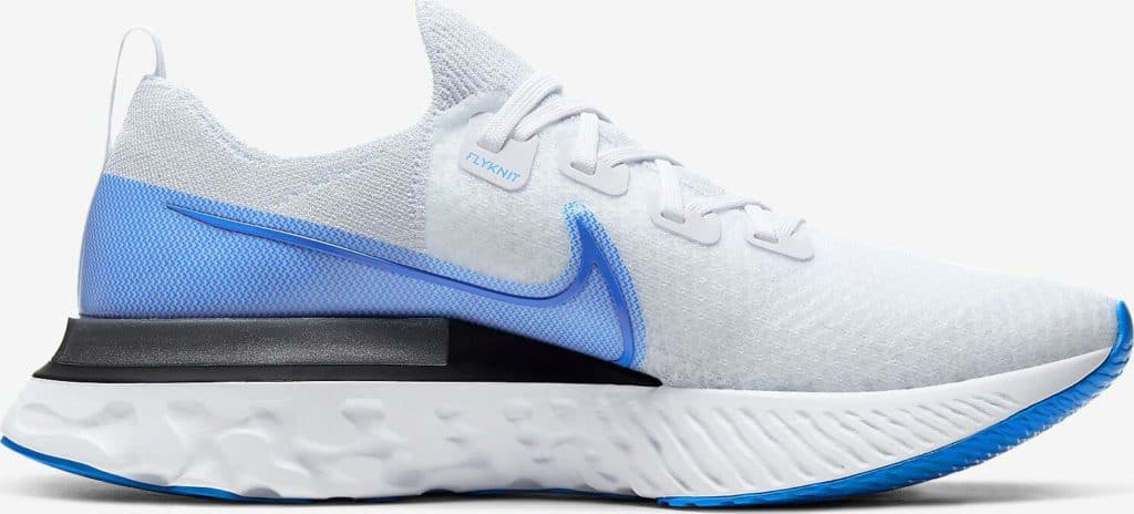 Other side view of the Nike React Infiinity Run Flyknit in True White/White/Pure Platinum/Photo Blue