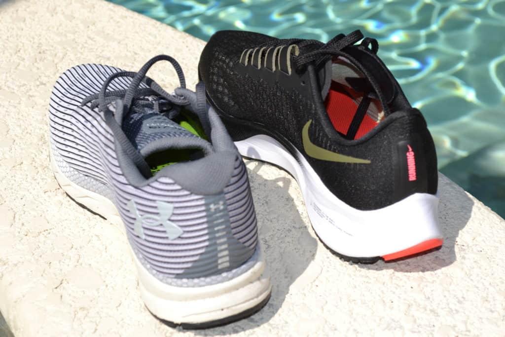 UA Velociti 2 Running Shoe heel view