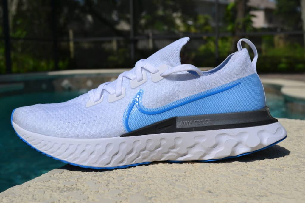 Nike React Infniity Run Flyknit side profile