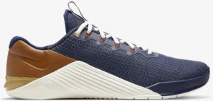 Nike Metcon 5 AMP versus Nike Metcon 5 - Blue Void/Sail/Pollen Rise/Gym Red