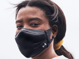 UA SPORTSMASK - Facemask for athletes and exercising - on face workout