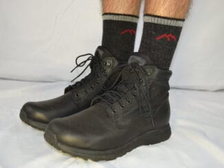 Darn Tough Micro Crew Midweight With Cushion Sock 1466 with MACV-1 Black