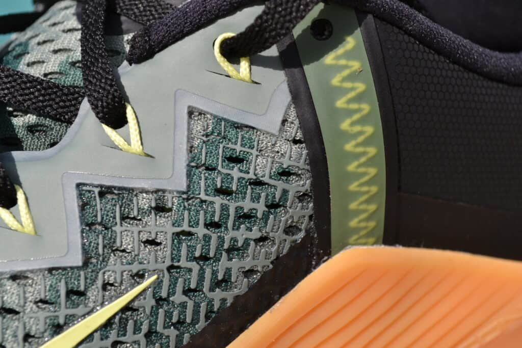Nike Metcon 5 versus Nike Metcon 6 - Upper 3 of 3