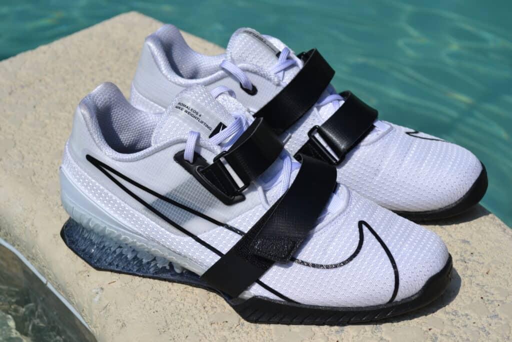 Nike Romaleos 4 - Swoosh