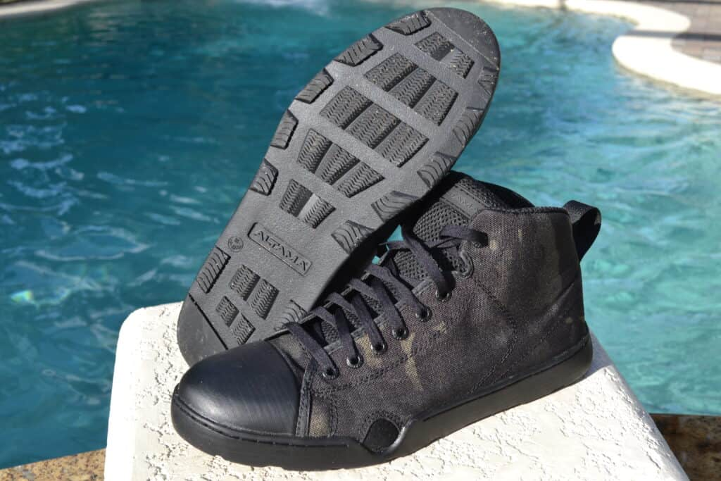 Altama OTB Maritime Assault Mid Boot Review - A good amphibious shoe
