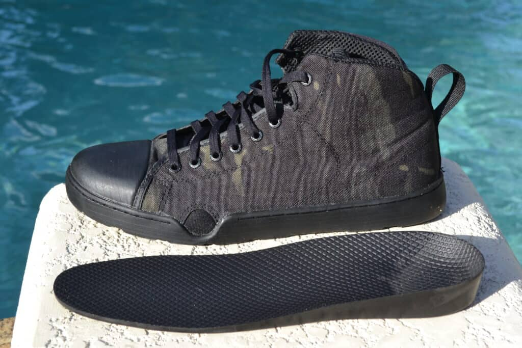 Altama OTB Maritime Assault Mid Boot Review - Midsole won't absorb water