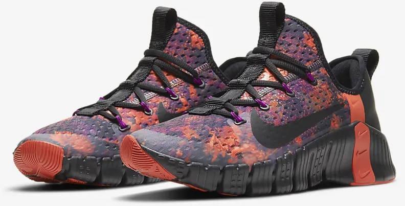 Nike Free Metcon 3 Men's Training Shoe left quarter view pair-crop