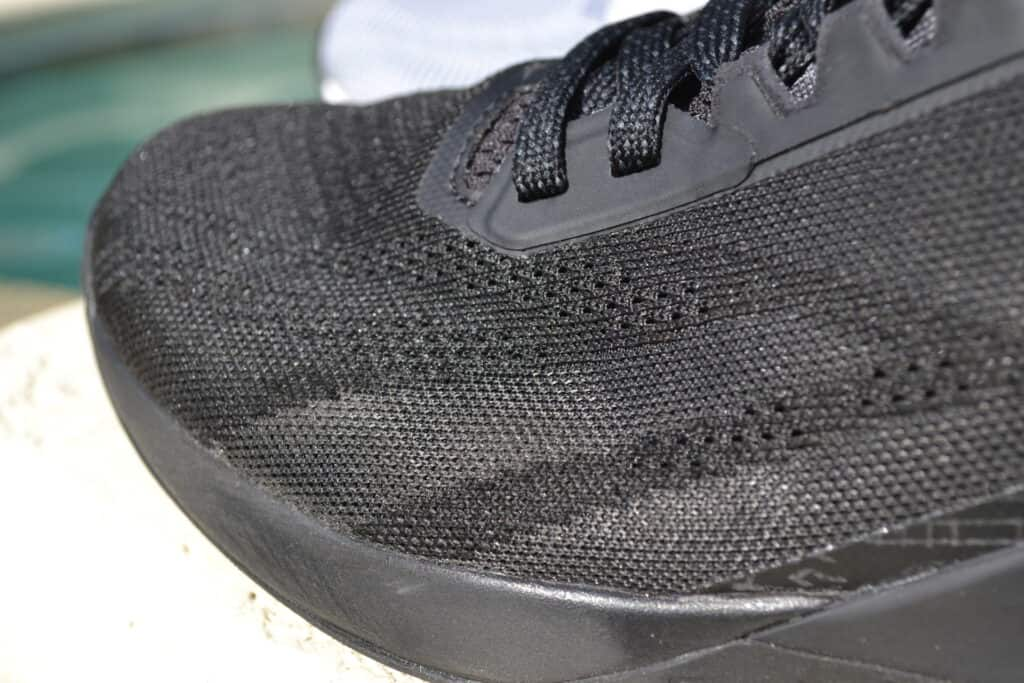 Reebok Nano X1 Grit Versus Knit - Side view of the heel - Closeup of knit