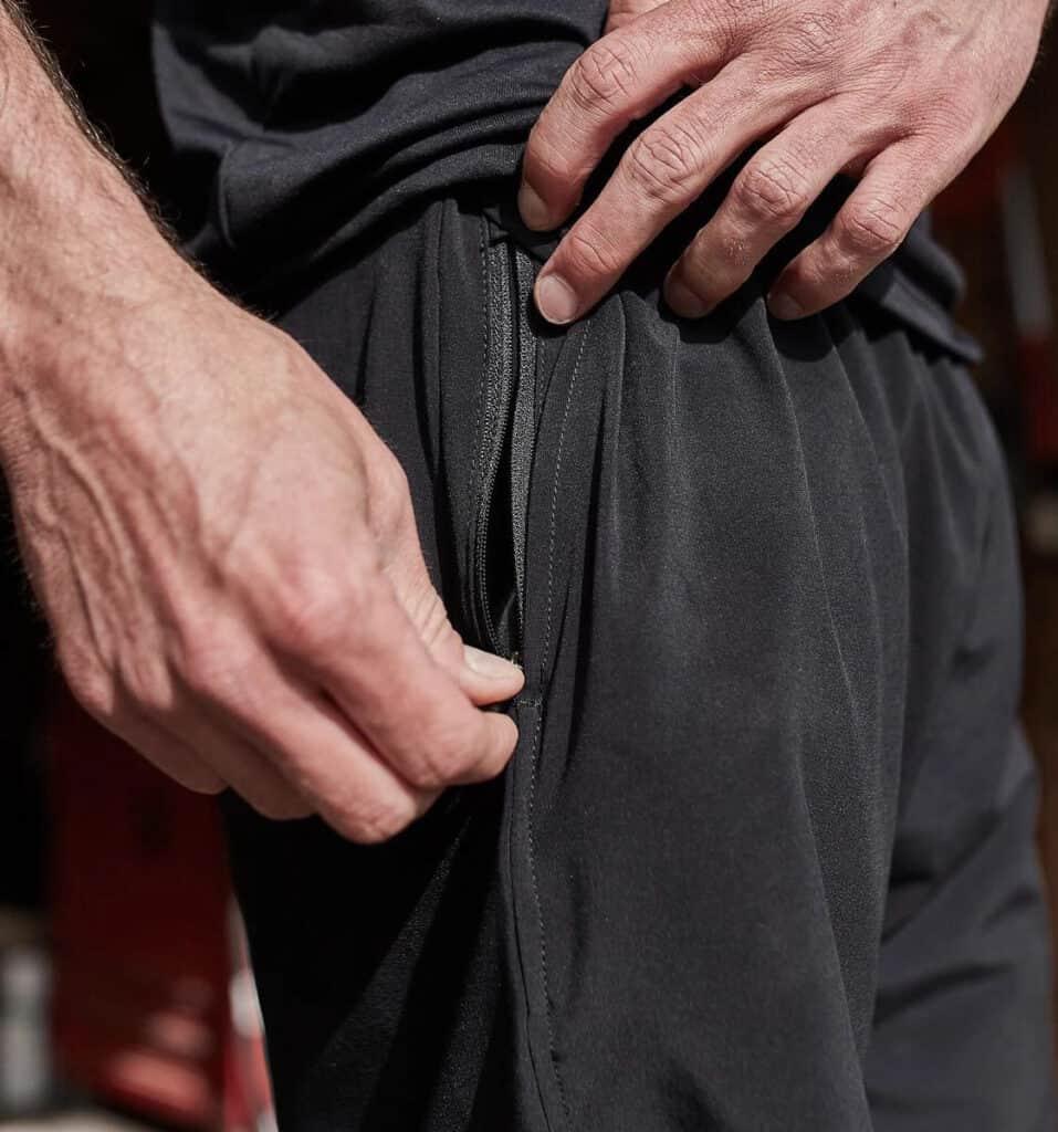 GORUCK Men's American Training Shorts black with zippered pocket
