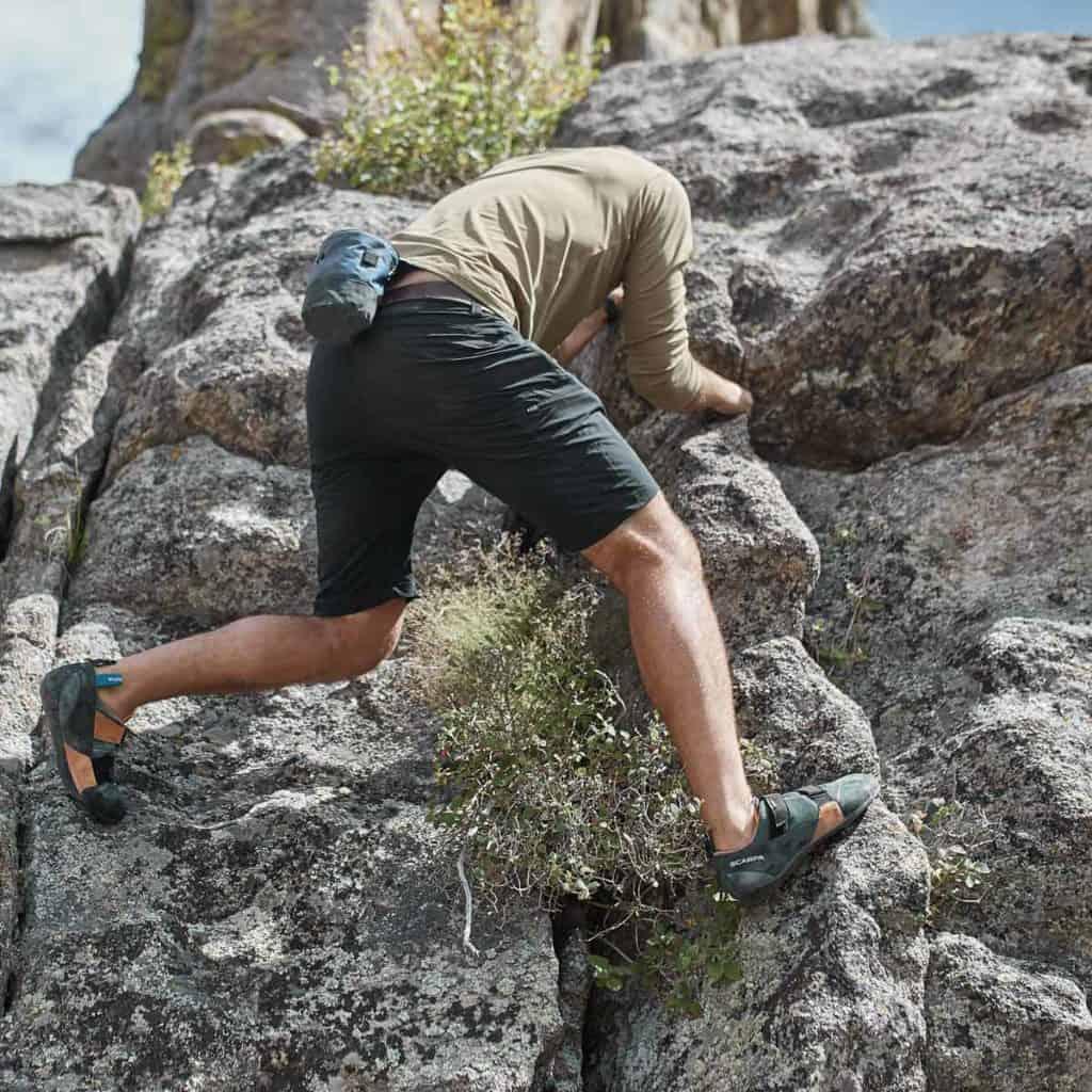 GORUCK Challenge Shorts Black climbing