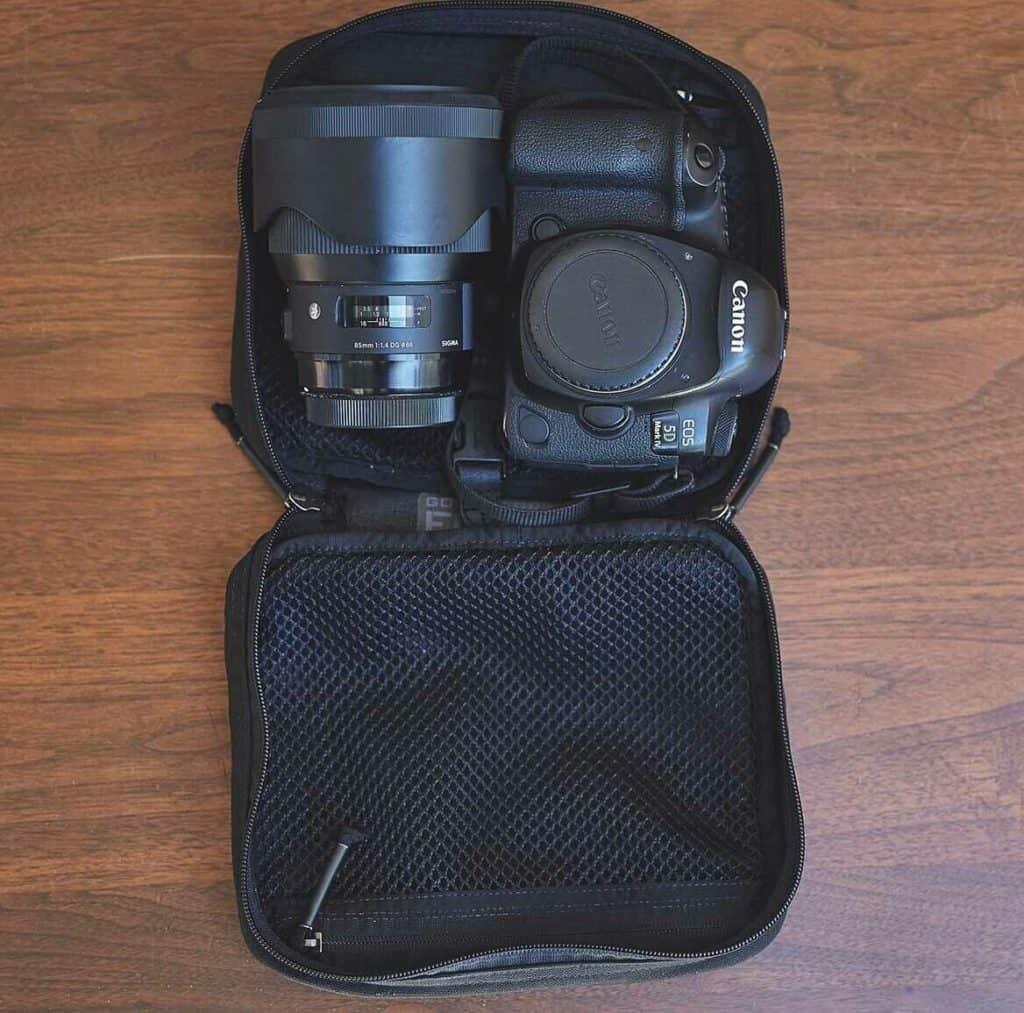 GORUCK GR2 Field Pocket Black with camera