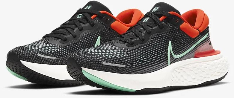 Nike ZoomX Invincible Run Flyknit Men quarter view pair