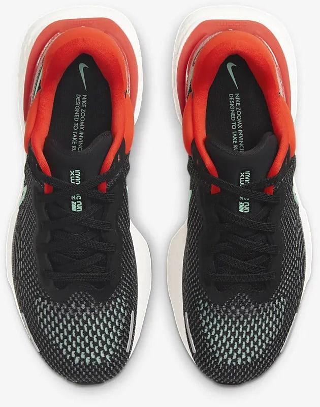 Nike ZoomX Invincible Run Flyknit Men top view pair