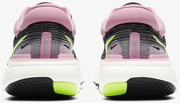 Nike ZoomX Invincible Run Flyknit Women back view pair
