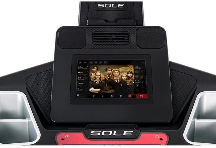 Sole F85 Treadmill close up console