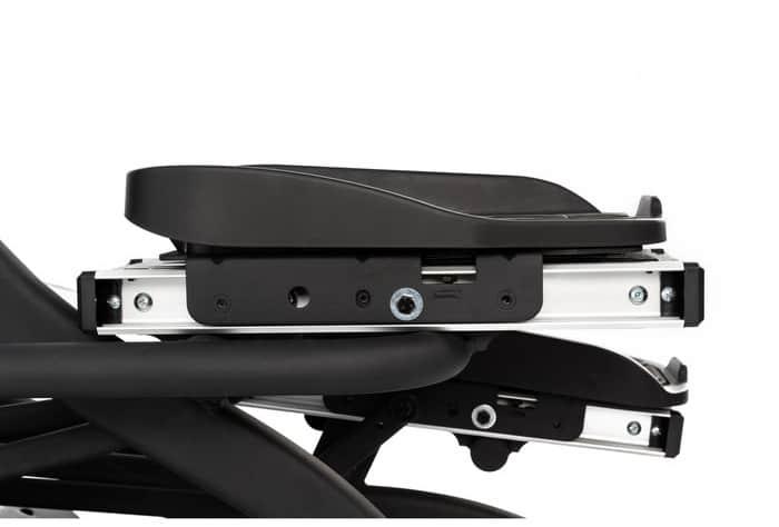 Sole Fitness E95S Elliptical pedal side