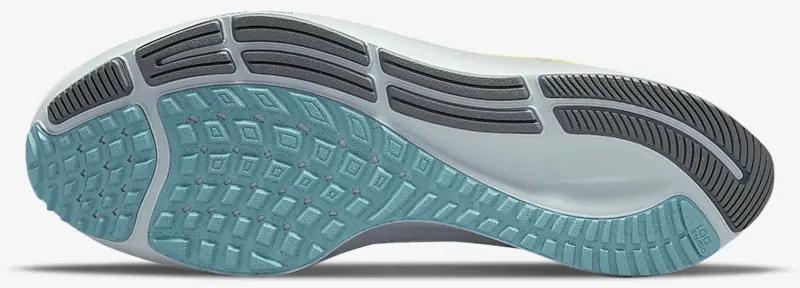 Nike Air Zoom Pegasus 38 Limited Edition Dark Smoke Grey-White-Flash outsole