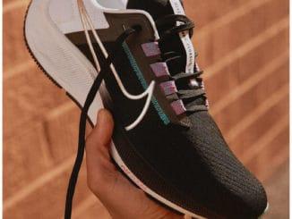 Nike Air Zoom Pegasus 38 Running Shoe quarter right