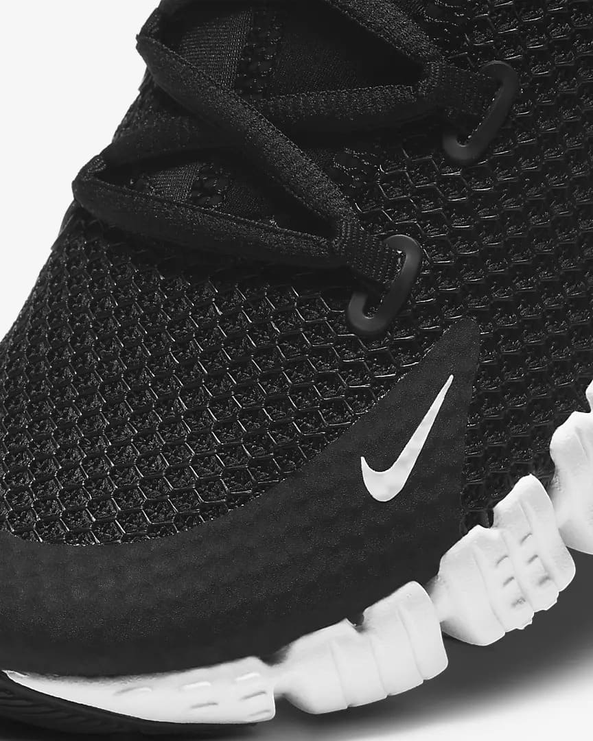 Nike Free Metcon 4 Women Black Black Volt White upper
