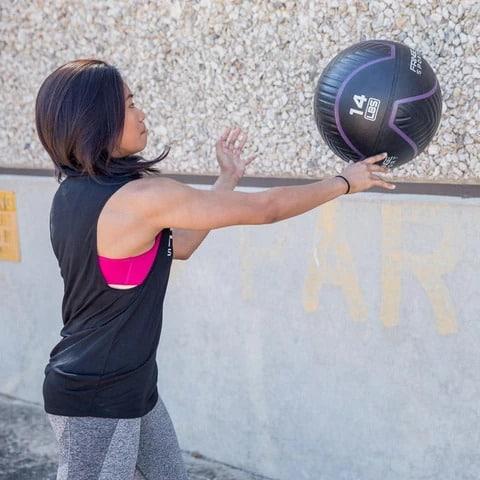 Fringe Sport Immortal Wall Ball wall slam