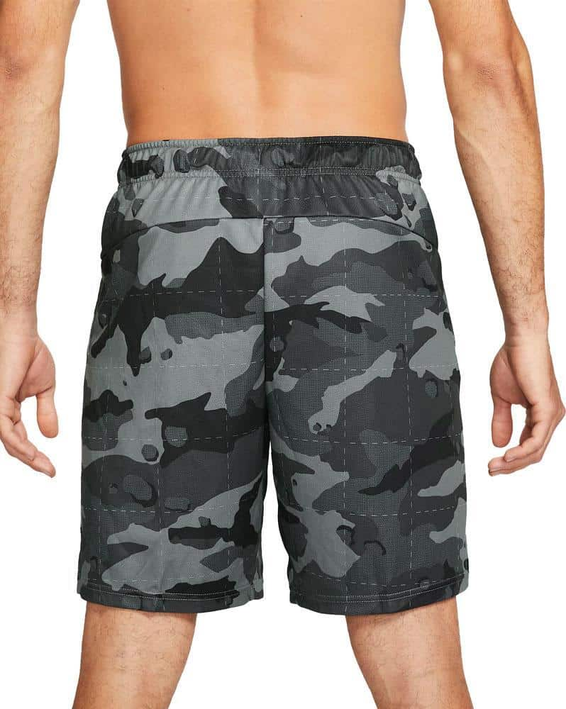 Nike Mens Dri-FIT Camo Shorts 5.0 smoke gray black worn back