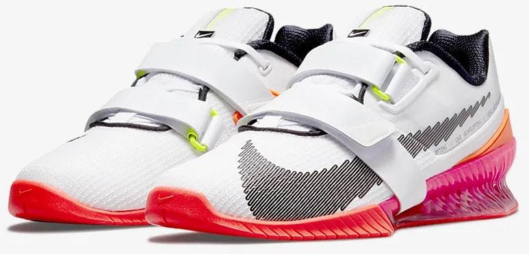 Nike Romaleos 4 SE quarter view left pair