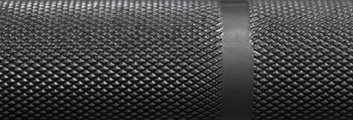 Rep Fitness Excalibur 20 kg - Stainless Steel knurling closeup