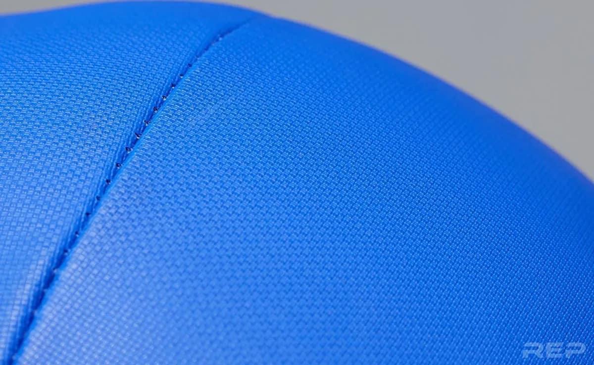 Rep Fitness Medicine Balls V2 closeup